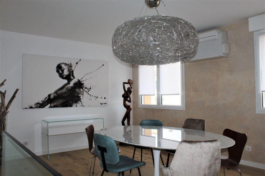 Appartement à vendre 5 120m2 à Les Sables-d'Olonne vignette-8