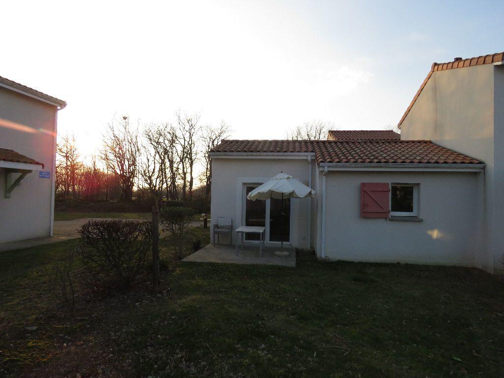 Maison à vendre 2 35.76m2 à Talmont-Saint-Hilaire vignette-11