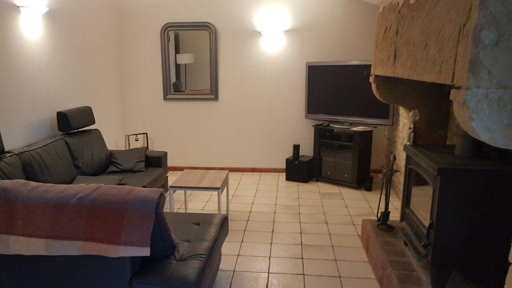 Maison à vendre 5 114m2 à Talmont-Saint-Hilaire vignette-3
