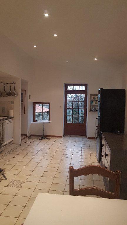 Maison à vendre 5 114m2 à Talmont-Saint-Hilaire vignette-6