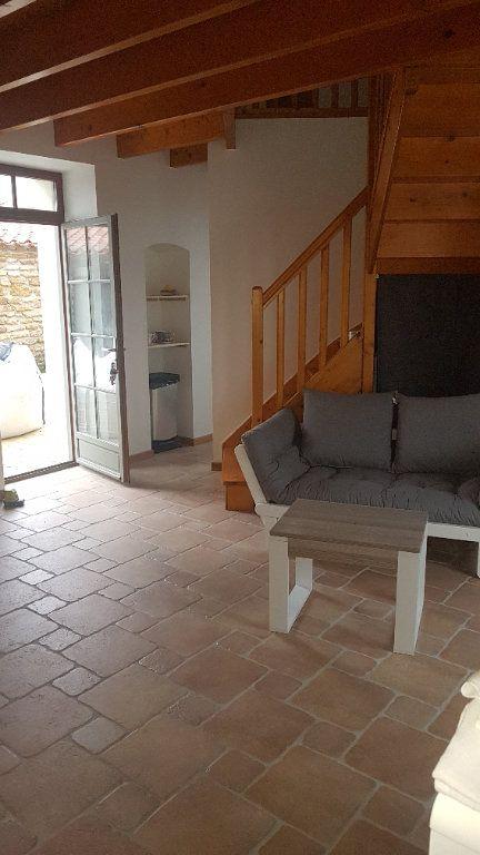 Maison à vendre 5 114m2 à Talmont-Saint-Hilaire vignette-11