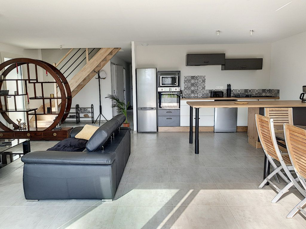 Maison à vendre 6 150m2 à Talmont-Saint-Hilaire vignette-5