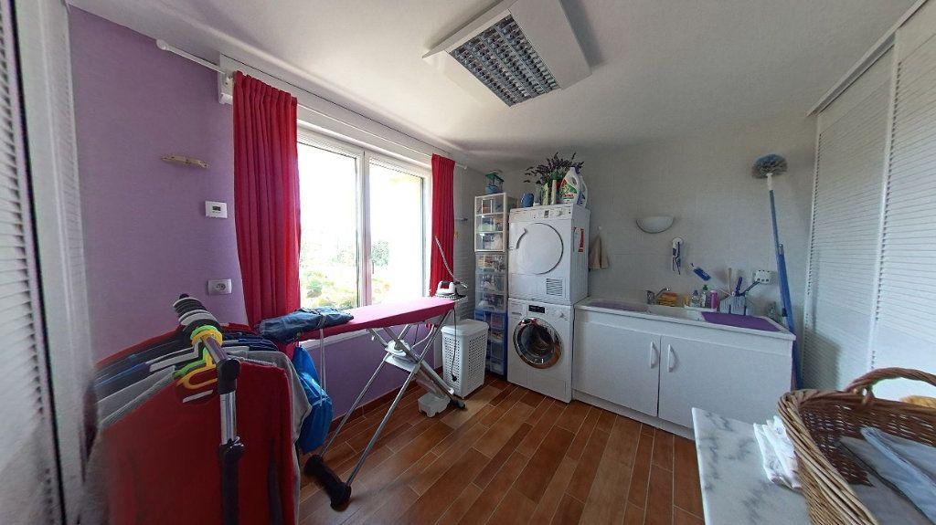 Maison à vendre 10 453m2 à Talmont-Saint-Hilaire vignette-8