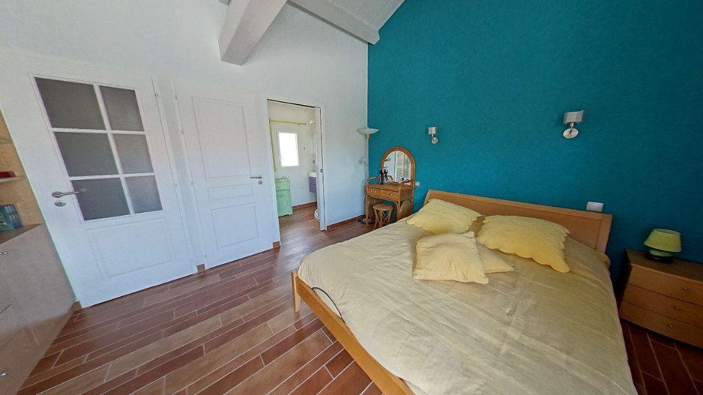 Maison à vendre 10 453m2 à Talmont-Saint-Hilaire vignette-9