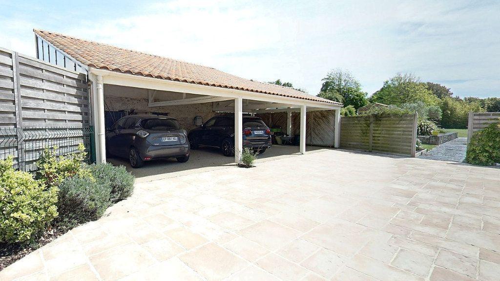 Maison à vendre 10 453m2 à Talmont-Saint-Hilaire vignette-14