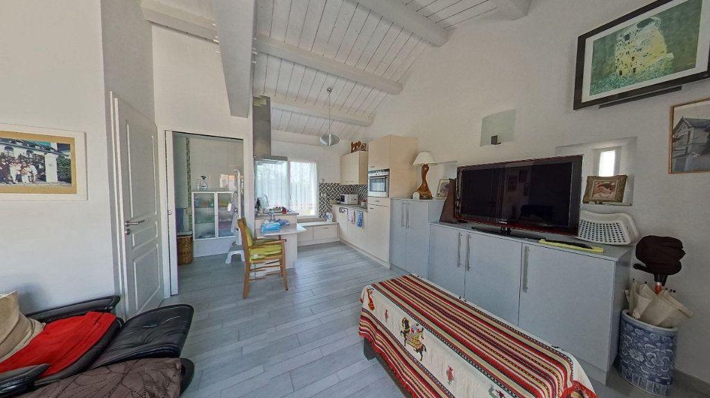 Maison à vendre 10 453m2 à Talmont-Saint-Hilaire vignette-17