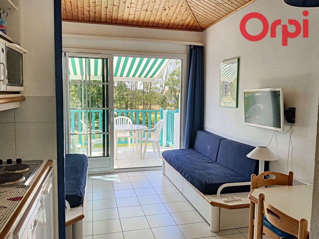 Appartement à vendre 1 23m2 à Talmont-Saint-Hilaire vignette-1
