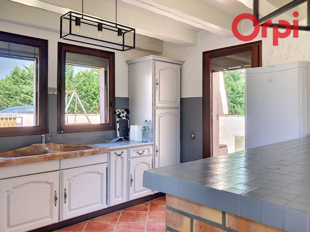 Maison à vendre 5 107m2 à Talmont-Saint-Hilaire vignette-9