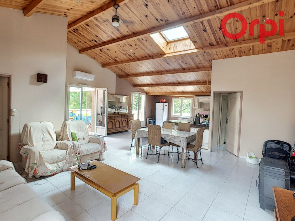 Maison à vendre 10 204m2 à Talmont-Saint-Hilaire vignette-1