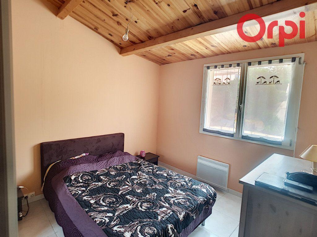 Maison à vendre 10 204m2 à Talmont-Saint-Hilaire vignette-3
