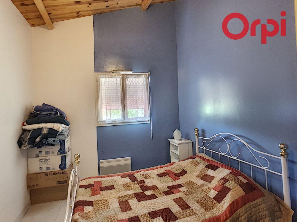 Maison à vendre 10 204m2 à Talmont-Saint-Hilaire vignette-4