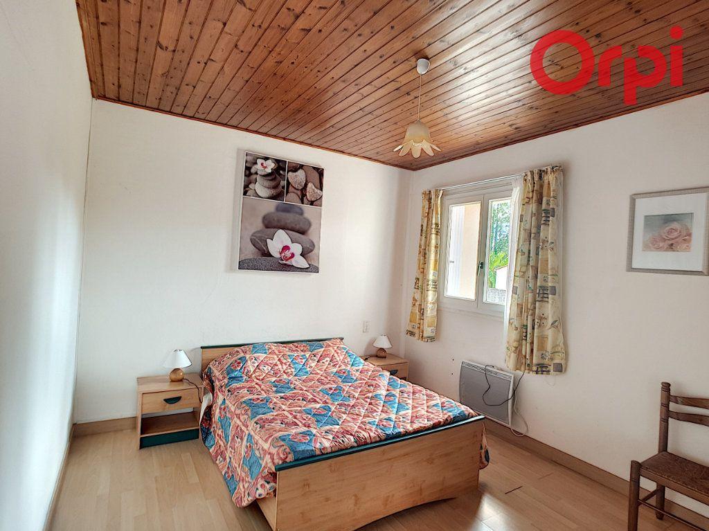 Maison à vendre 10 204m2 à Talmont-Saint-Hilaire vignette-8