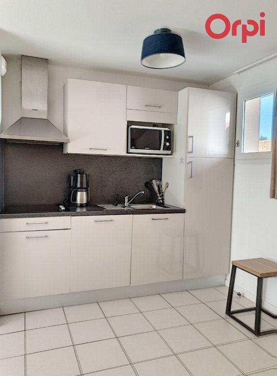 Maison à vendre 3 47.78m2 à Talmont-Saint-Hilaire vignette-3
