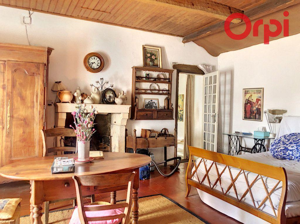 Maison à vendre 5 120m2 à Talmont-Saint-Hilaire vignette-6