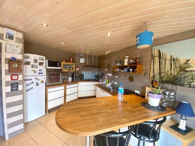 Maison à vendre 4 101m2 à Château-d'Olonne vignette-5