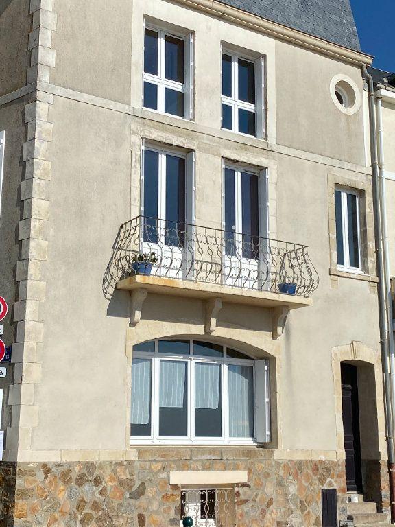 Maison à vendre 7 135m2 à Les Sables-d'Olonne vignette-3