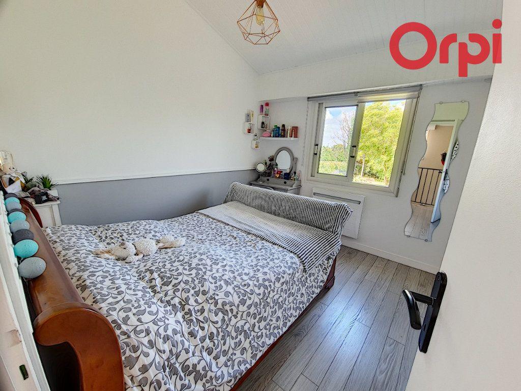 Maison à vendre 5 135m2 à Talmont-Saint-Hilaire vignette-9