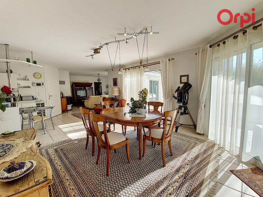 Maison à vendre 6 131m2 à Talmont-Saint-Hilaire vignette-2