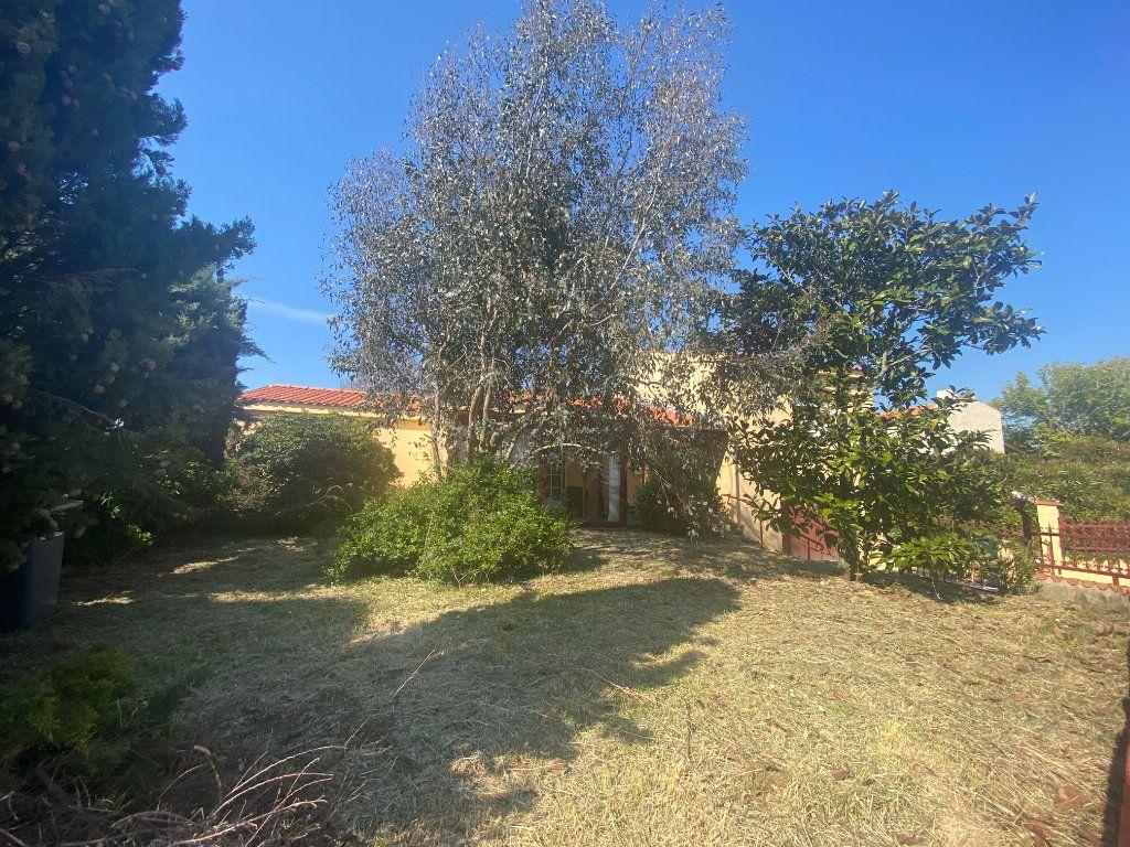 Maison à vendre 5 130m2 à Olonne-sur-Mer vignette-2