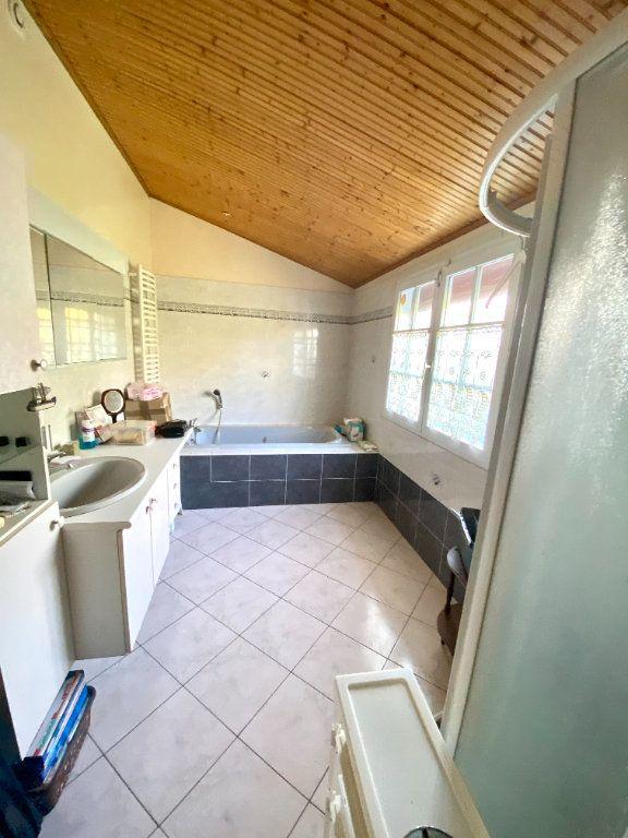 Maison à vendre 5 130m2 à Olonne-sur-Mer vignette-6