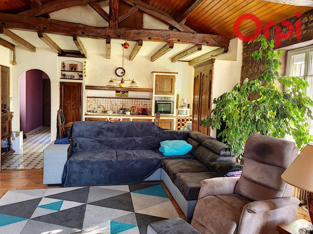 Maison à vendre 12 285.89m2 à Talmont-Saint-Hilaire vignette-2