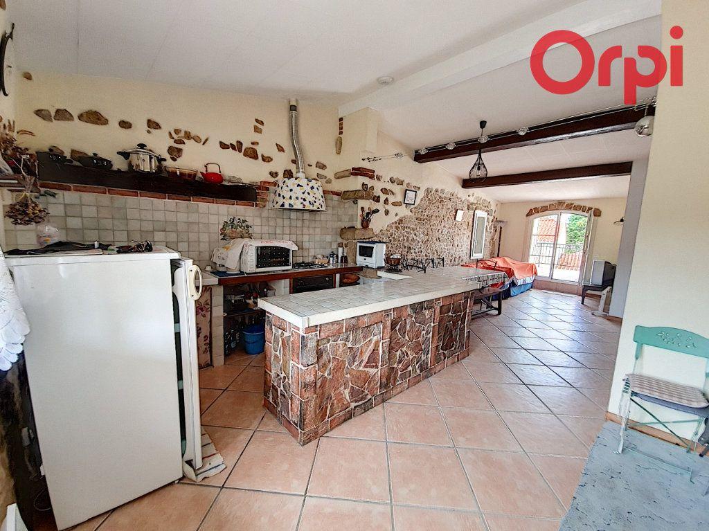 Maison à vendre 6 105m2 à Talmont-Saint-Hilaire vignette-2