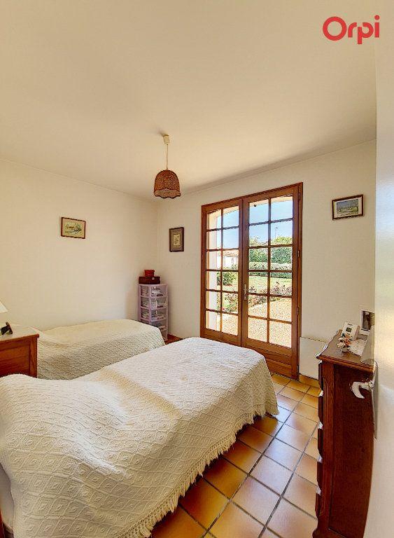 Maison à vendre 7 172m2 à Talmont-Saint-Hilaire vignette-7