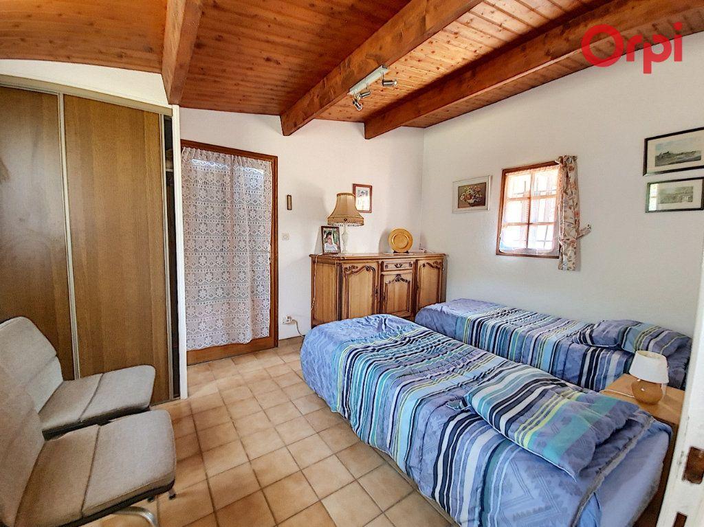 Maison à vendre 7 172m2 à Talmont-Saint-Hilaire vignette-11