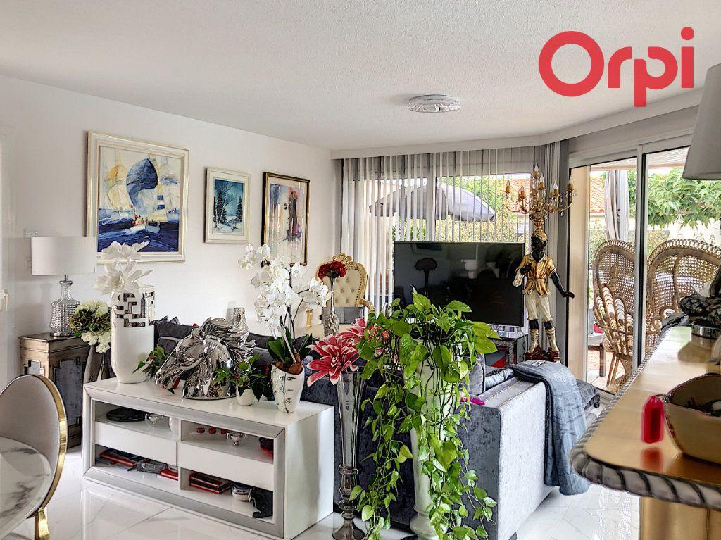 Maison à vendre 5 100m2 à Château-d'Olonne vignette-2
