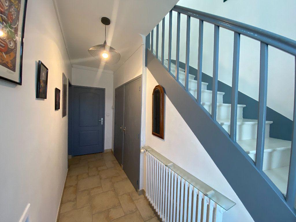 Maison à vendre 6 148m2 à Olonne-sur-Mer vignette-8