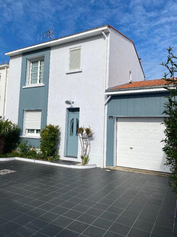 Maison à vendre 6 148m2 à Olonne-sur-Mer vignette-10