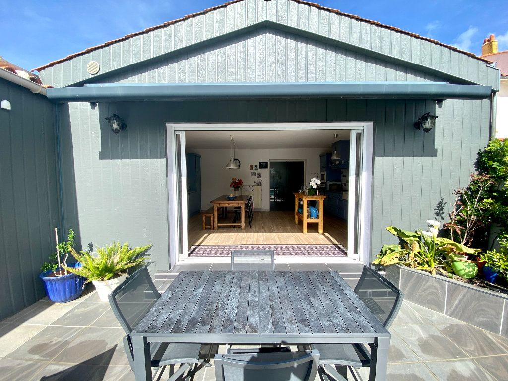 Maison à vendre 6 148m2 à Olonne-sur-Mer vignette-12