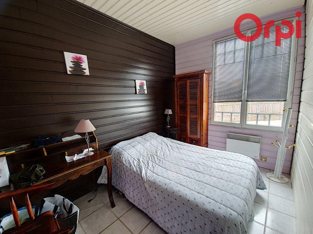 Maison à vendre 5 110m2 à Talmont-Saint-Hilaire vignette-3