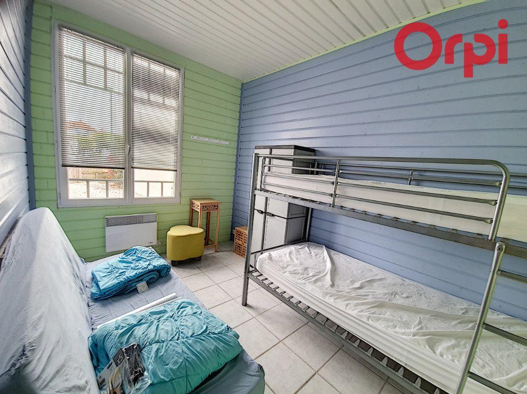 Maison à vendre 5 110m2 à Talmont-Saint-Hilaire vignette-4