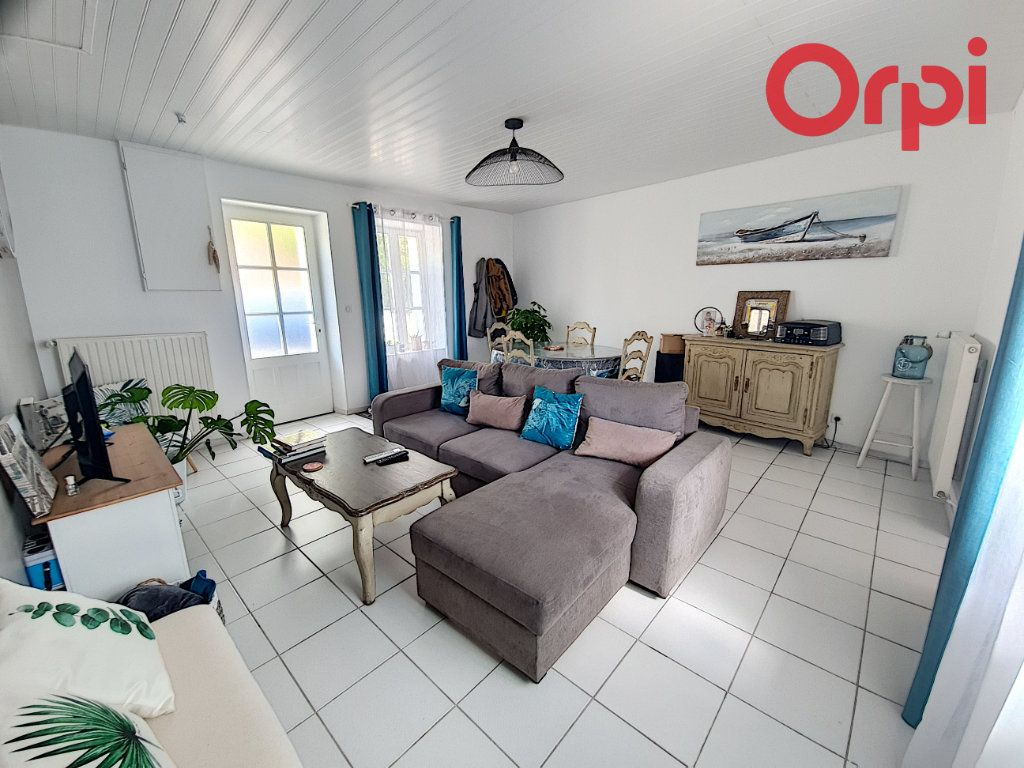 Maison à vendre 3 61m2 à Talmont-Saint-Hilaire vignette-2