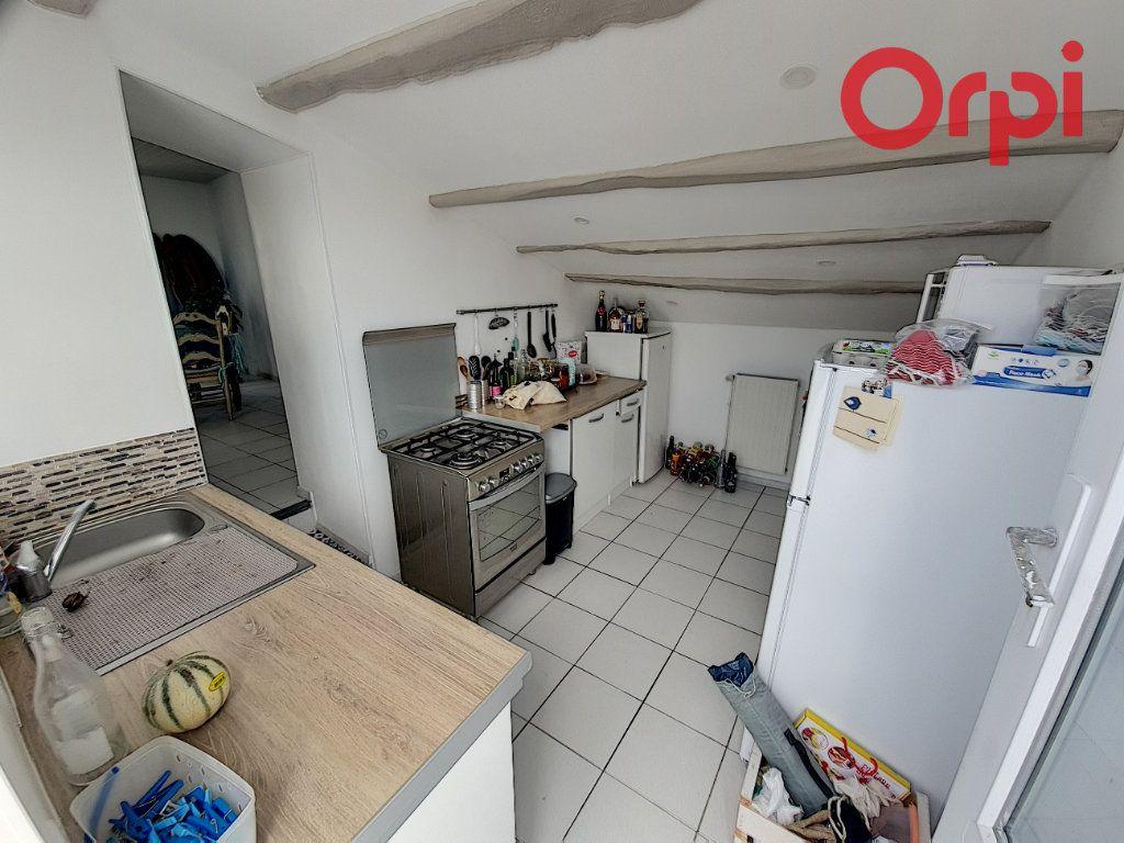 Maison à vendre 3 61m2 à Talmont-Saint-Hilaire vignette-3