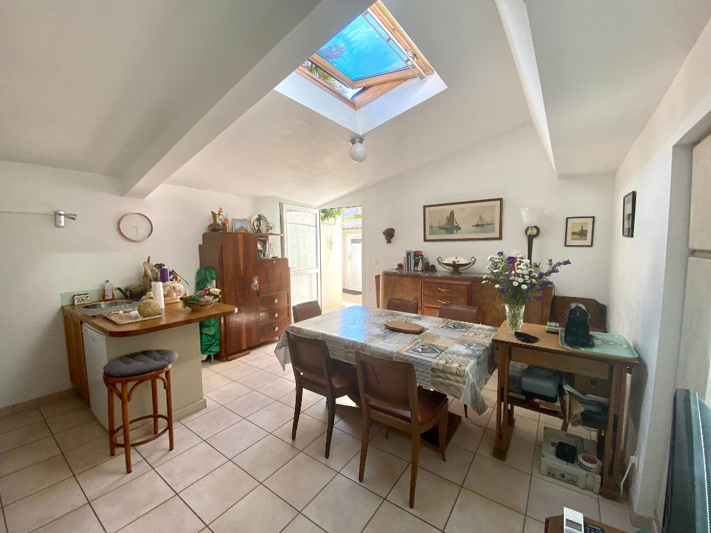 Maison à vendre 4 68m2 à Les Sables-d'Olonne vignette-4