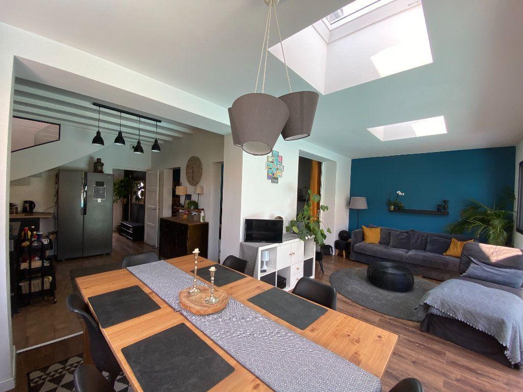 Maison à vendre 6 123m2 à Les Sables-d'Olonne vignette-2