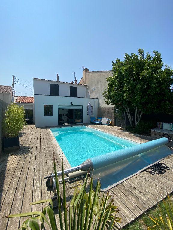 Maison à vendre 6 123m2 à Les Sables-d'Olonne vignette-4