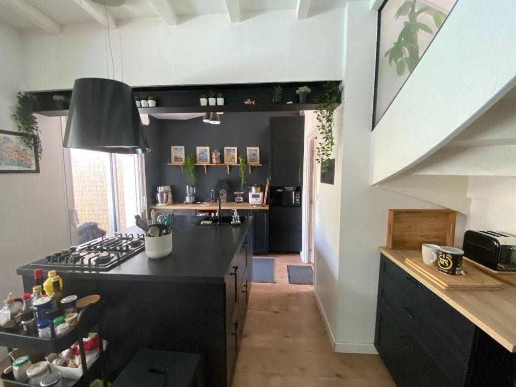 Maison à vendre 6 123m2 à Les Sables-d'Olonne vignette-5