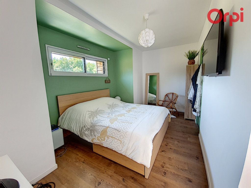 Maison à vendre 8 166.5m2 à Talmont-Saint-Hilaire vignette-9