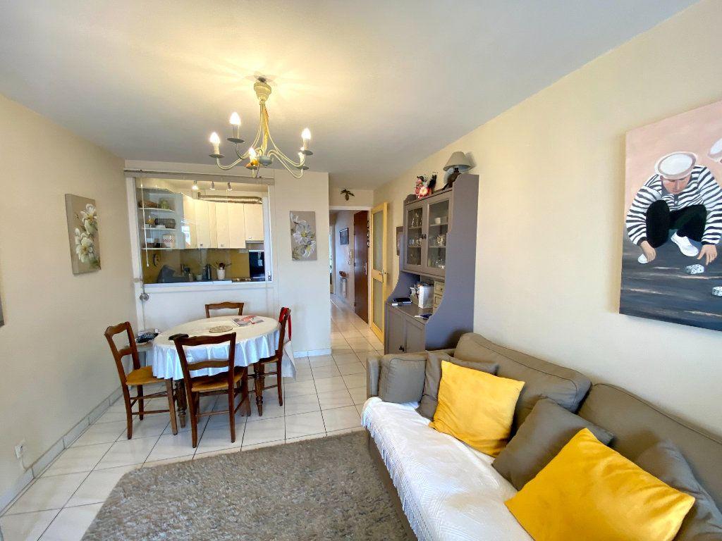 Appartement à vendre 2 38m2 à Les Sables-d'Olonne vignette-4