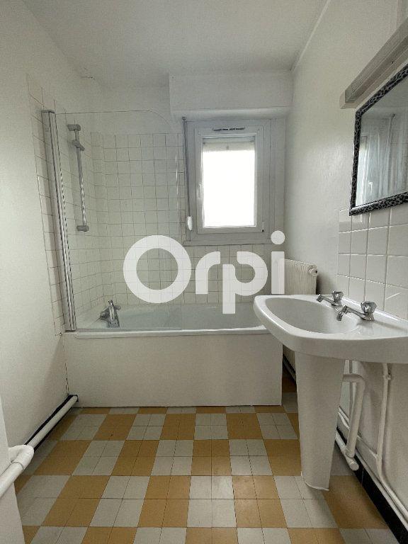 Appartement à louer 5 85m2 à Boulogne-sur-Mer vignette-6
