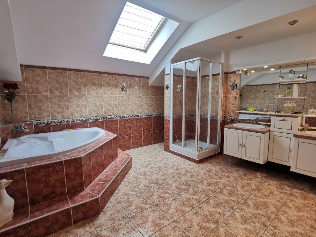 Appartement à vendre 5 160m2 à Boulogne-sur-Mer vignette-7