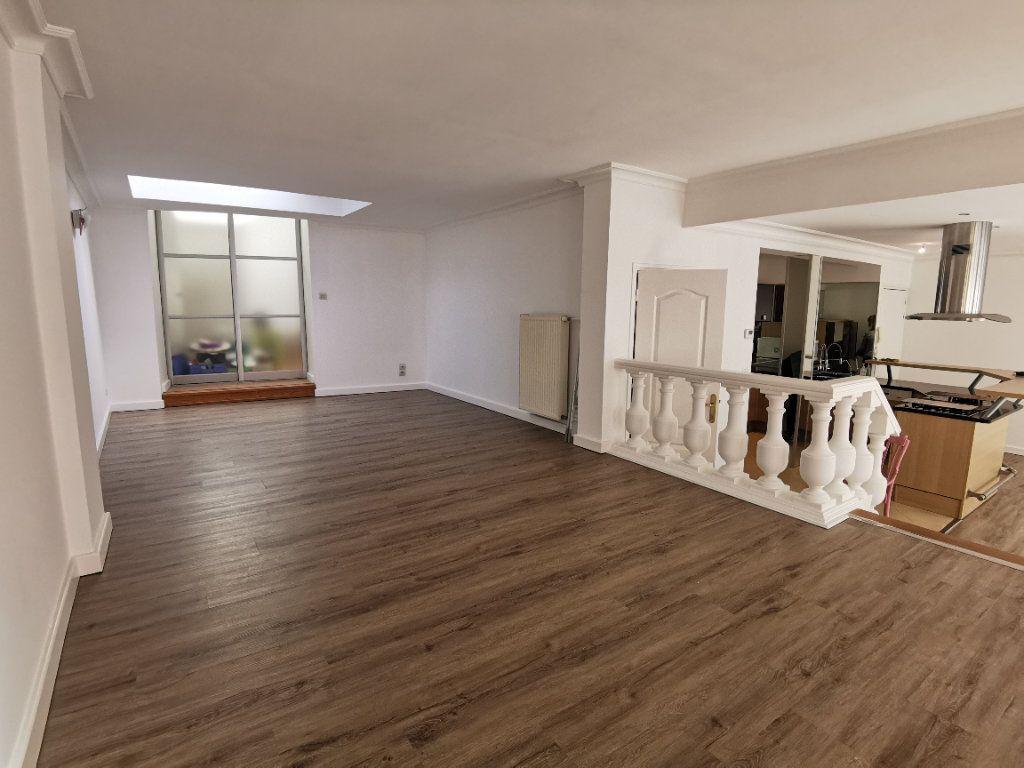 Appartement à vendre 5 160m2 à Boulogne-sur-Mer vignette-12