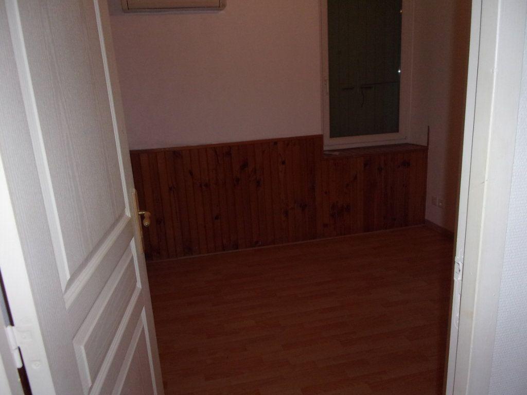 Appartement à vendre 4 82.74m2 à Limony vignette-7