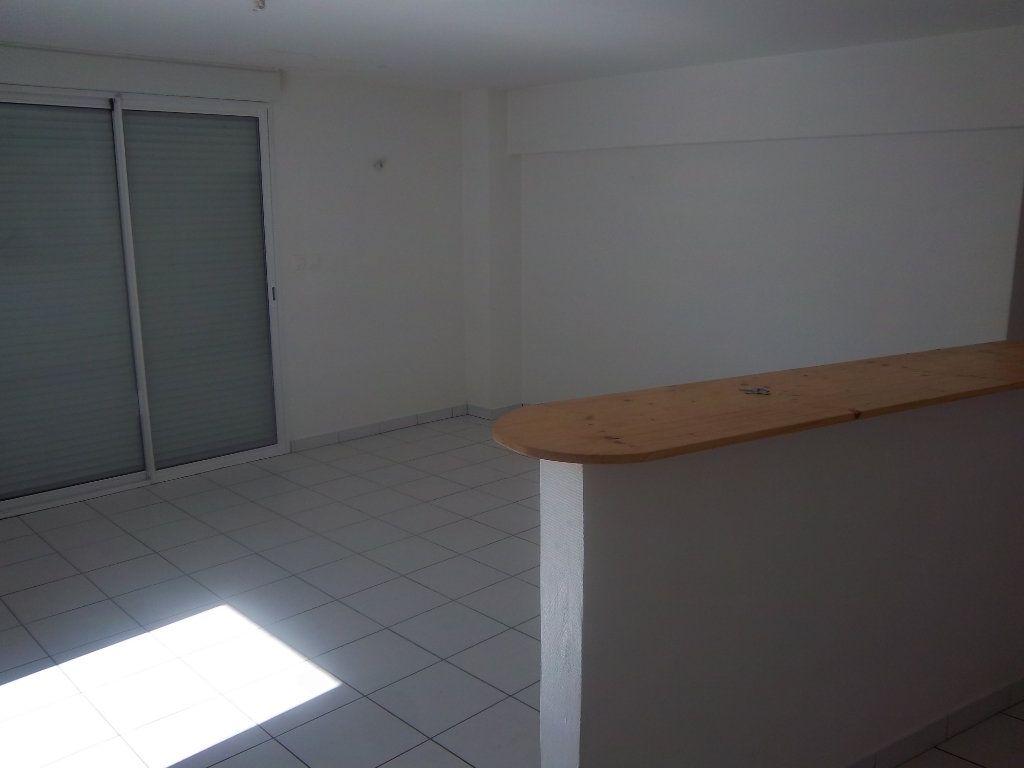 Appartement à vendre 4 82.74m2 à Limony vignette-11