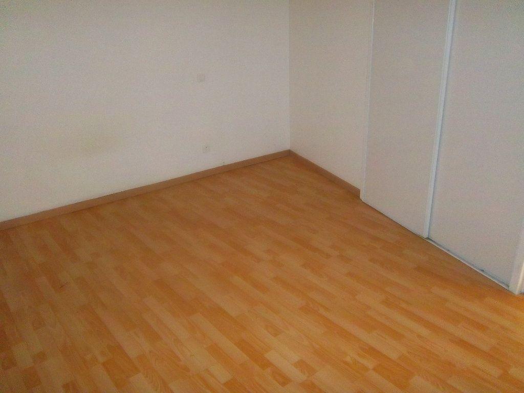 Appartement à vendre 4 82.74m2 à Limony vignette-12