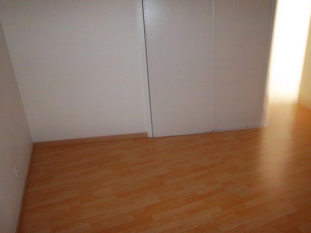 Appartement à vendre 4 82.74m2 à Limony vignette-13