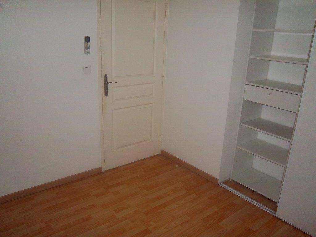 Appartement à vendre 4 82.74m2 à Limony vignette-15
